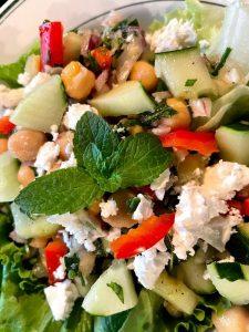 cucumber chick pea salad